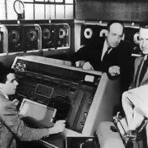 CBS News использует UNIVAC для прогнозирования выборов