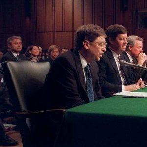 Министерство юстиции США подало антимонопольный иск против Microsoft