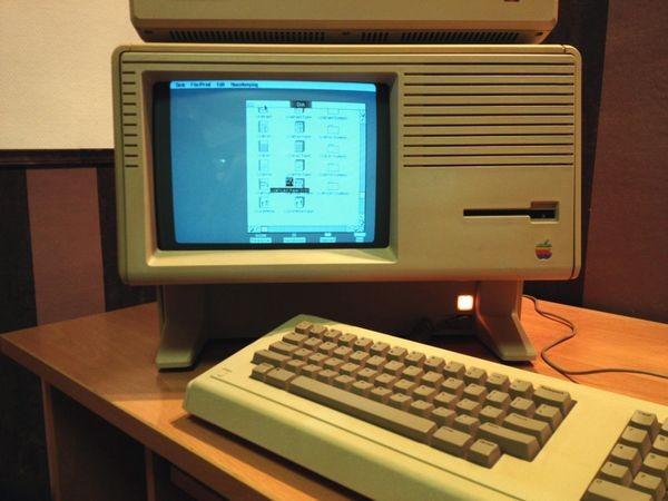 Apple Computer представила компьютер Lisa