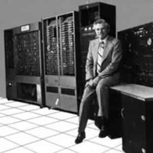Родился разработчик IBM System 360