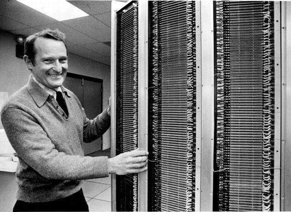 Погиб создатель суперкомпьютера Сеймур Крэй