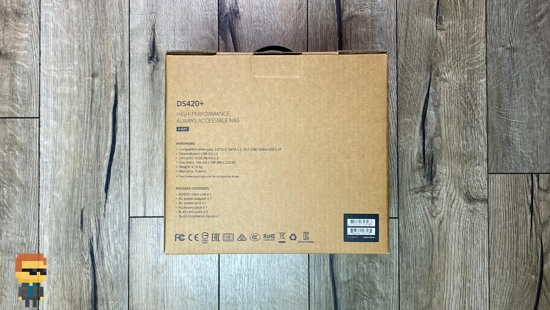 – коробкаОбзор NAS Synology DS420+