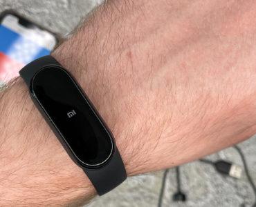 Обзор фитнес-браслета Xiaomi Mi Band 6 — электронные часы, прогноз погоды и пульсоксиметр