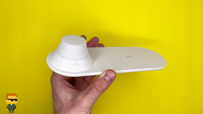 Обзор Yeelight Wireless Charge Nightlight — прикроватная беспроводная зарядка, яркий ночник на сутки без розетки