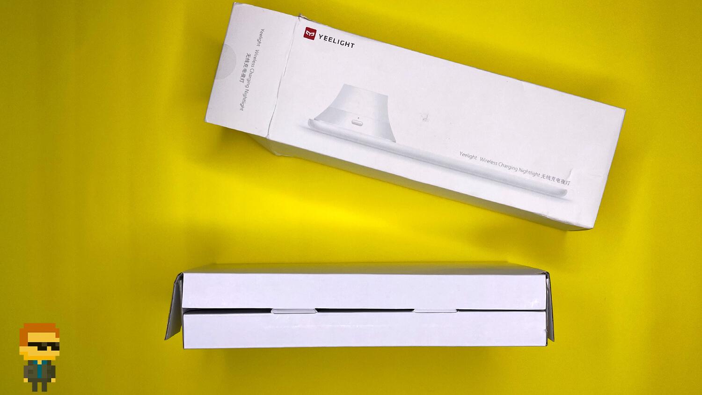 Обзор Yeelight Wireless Charge Nightlight – упаковка
