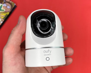 Обзор eufy Indoor Cam 2K PTZ — камеры видеонаблюдения с ИИ и детальной картинкой