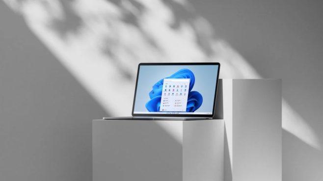 Бесплатная Windows 11 для Samsung Galaxy Book. Ноутбук запускает софт для телефона